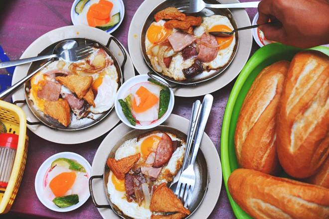 Quán bánh mỳ Viễn Hưng