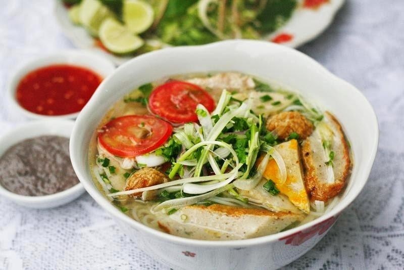 Quán bún cá Bà Hảo là một trong những quán ăn ngon nhất ở TP. Uông Bí, Quảng Ninh