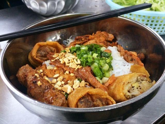 Quán bún thịt nướng Hải Đăng - Quán bún thịt nướng ngon nhất tại Sài Gòn