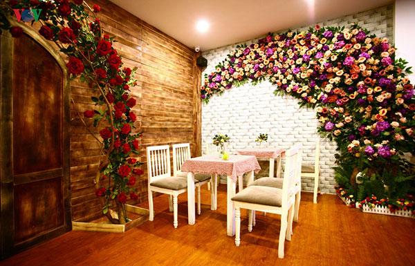 Quán cafe lãng mạn – điểm hẹn hò ấm áp
