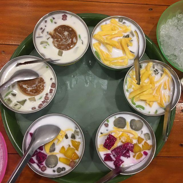 Top 10 Quán chè dừa non ngon nhất hà nội