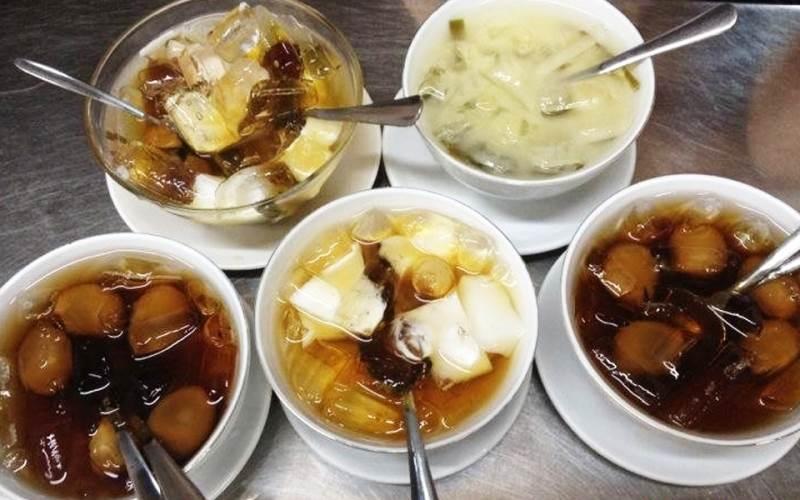 Quán chè ngon Tường Phong nổi tiếng với những món chè nấu theo kiểu Hoa