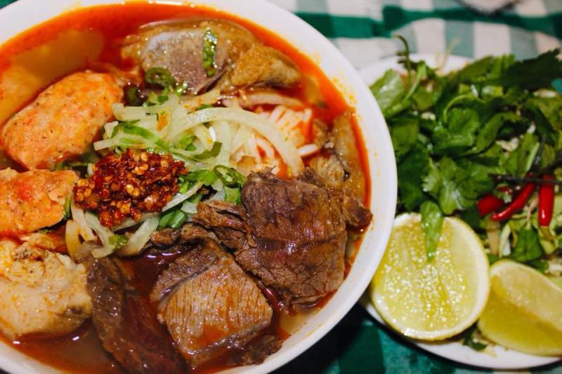 Quán Chị Bé - Bún Bò, Bánh Canh & Bột Gạo