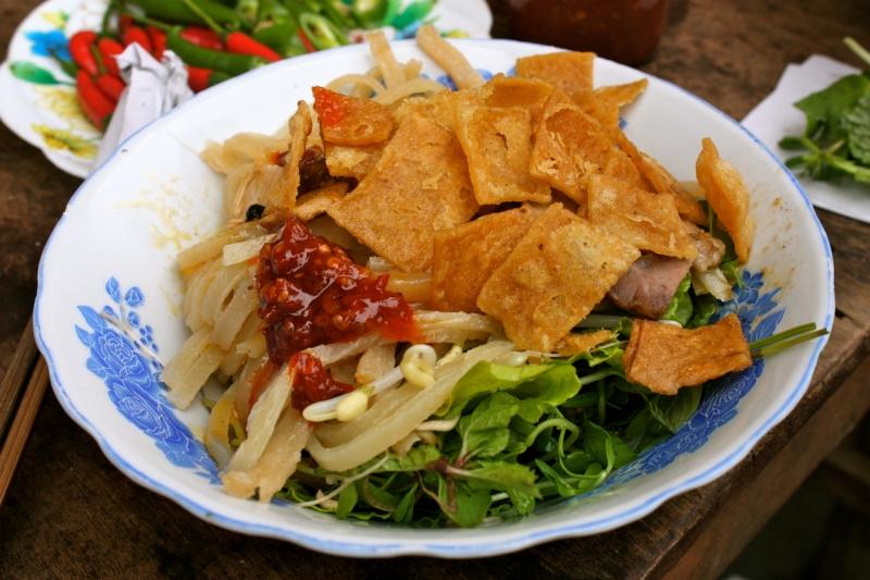 Món mì Quảng đúng chất Quảng ở Đo Đo