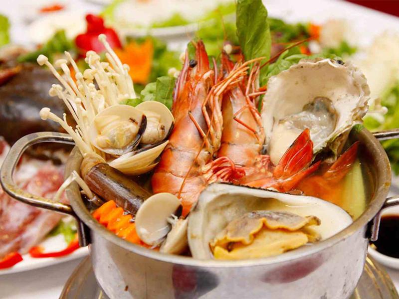 Quán hải sản 27 Hùng Vương