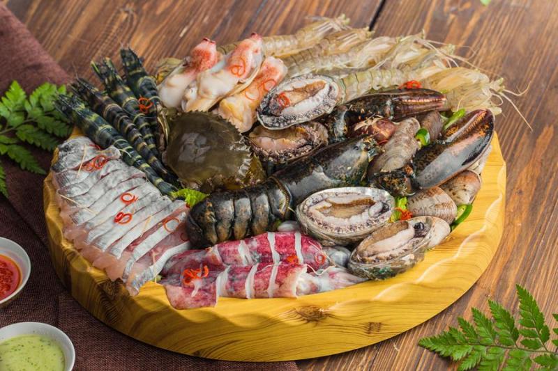 Top 7 Quán hải sản tươi ngon, bổ, rẻ nhất Đồng Hới, Quảng Bình