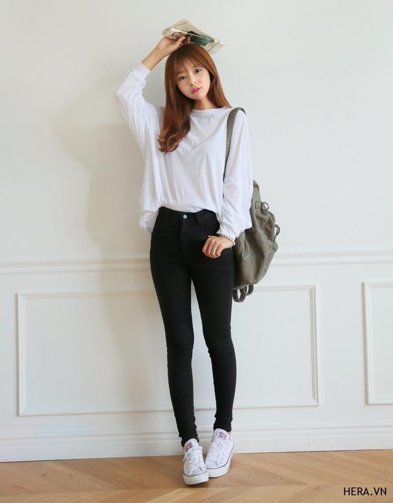 Những chiếc quần jeans màu đen được các cô nàng công sở ưa chuộng nhất