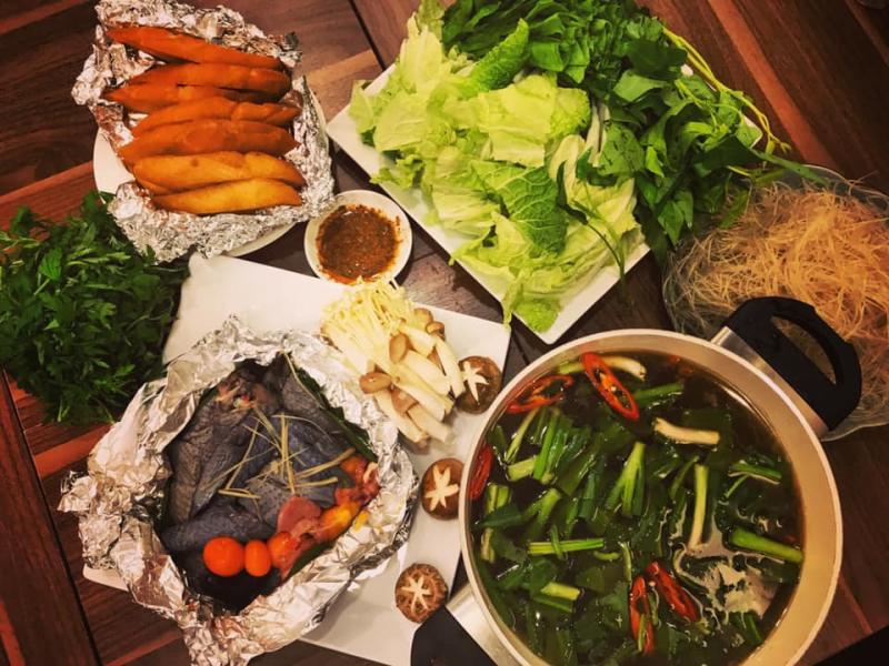 Quán Kiến thực sự đã chuyển tải vô cùng tài tình và tinh tế hương vị nguyên bản của các món ăn này đến với thực khách Thủ Đô.