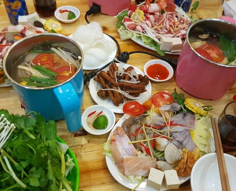 Sự chất lượng của đồ ăn tại quán Tùng 88 khiến bạn chỉ cần ăn xong 1 nồi thôi là đã no