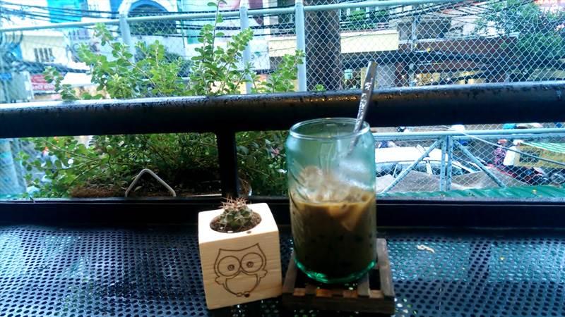 Ngày mưa Sài Gòn với Me cafe