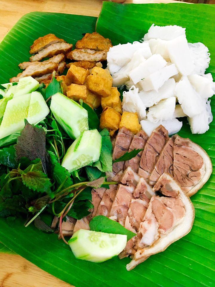 Về hương vị món ăn, bạn sẽ hài lòng ngay lần đầu đến