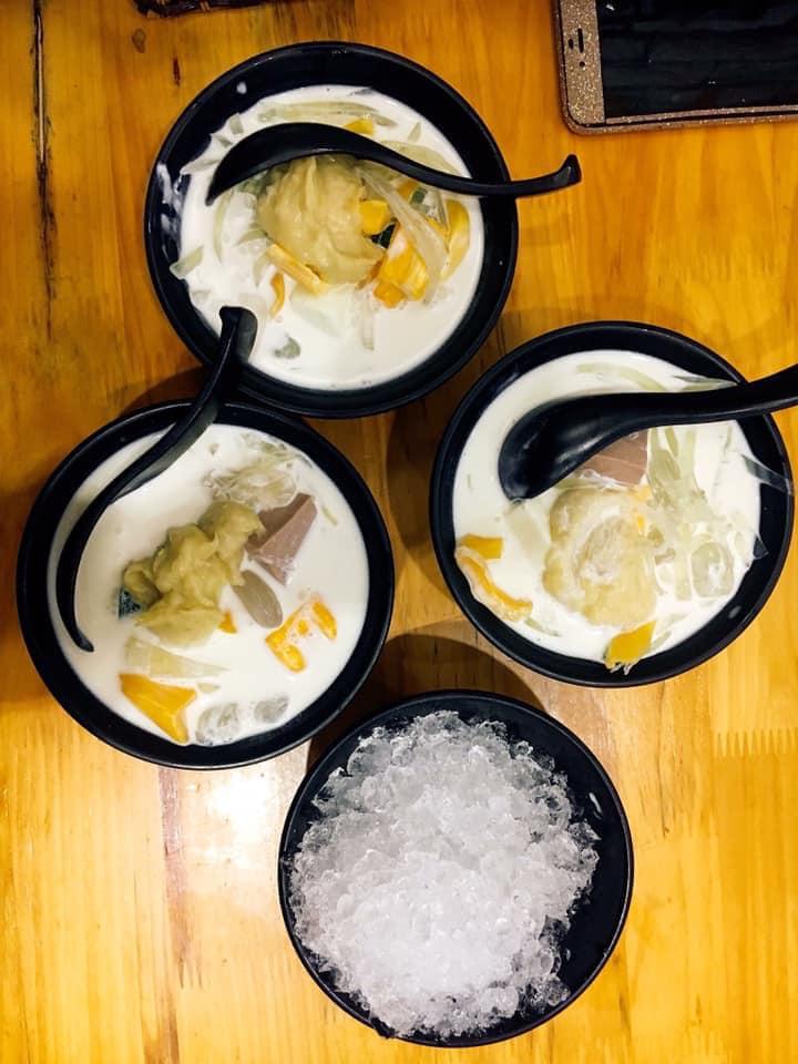 Moon Food and Tea.