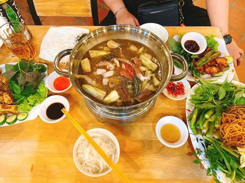 Món ăn hấp dẫn tại Quán Muối - Lẩu Nướng
