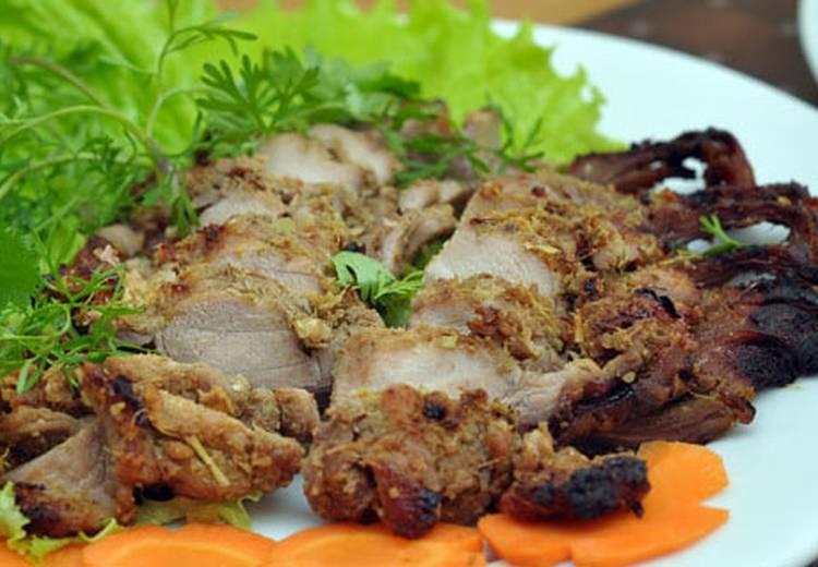 Thịt thỏ nướng tại quán