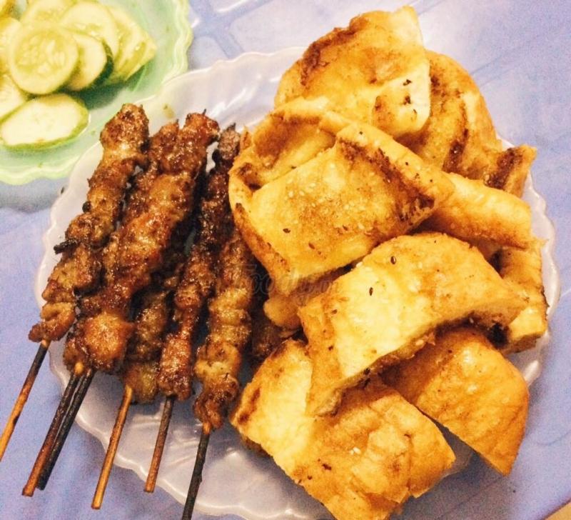 Quán Nướng AAA là quán ăn sinh viên ngon rẻ, nổi tiếng ở Hà Nội