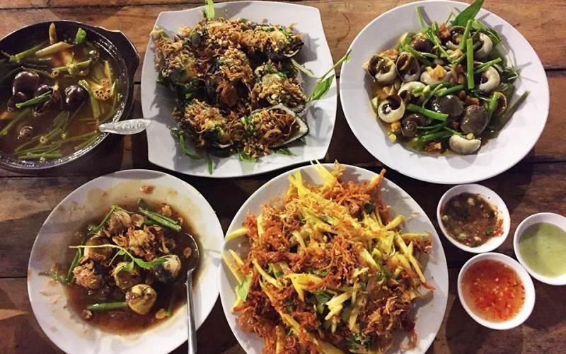 Quán Ốc 13 sở hữu một menu đa dạng các món ăn ngon