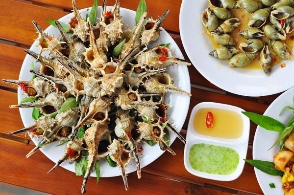 Món ốc thơm ngon tại quán Sơn Béo