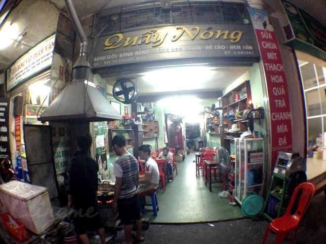 Quán quẩy nóng trên đường Tạ Quang Bửu
