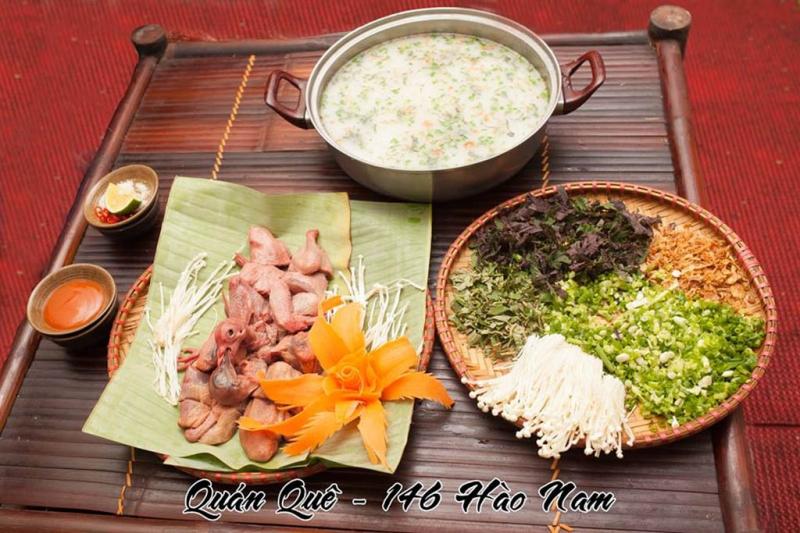 Đồ ăn ở Quán Quê chủ yếu khai thác hương vị món ăn dân tộc ở Bắc Bộ.