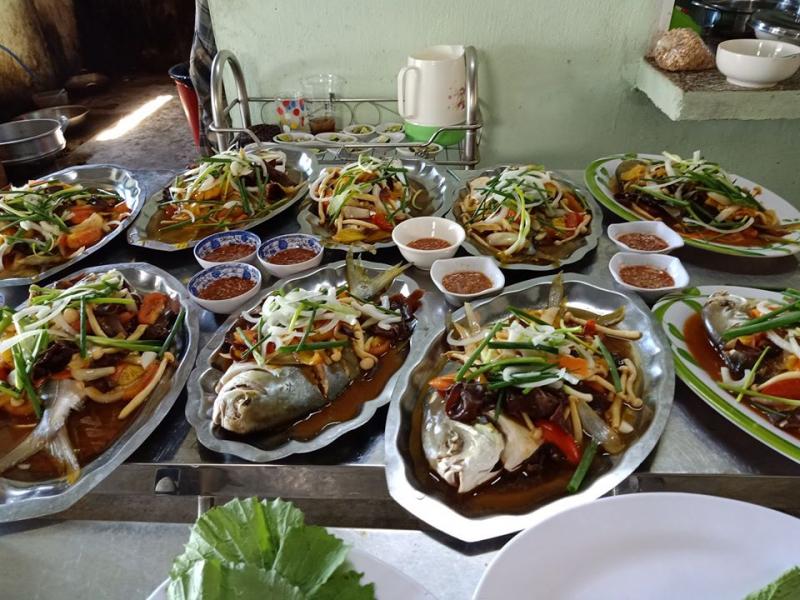 Quán Quê Hương