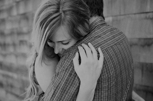 Sự quan tâm luôn khiến đối phương cảm thấy hạnh phúc, ấm áp trong lòng.