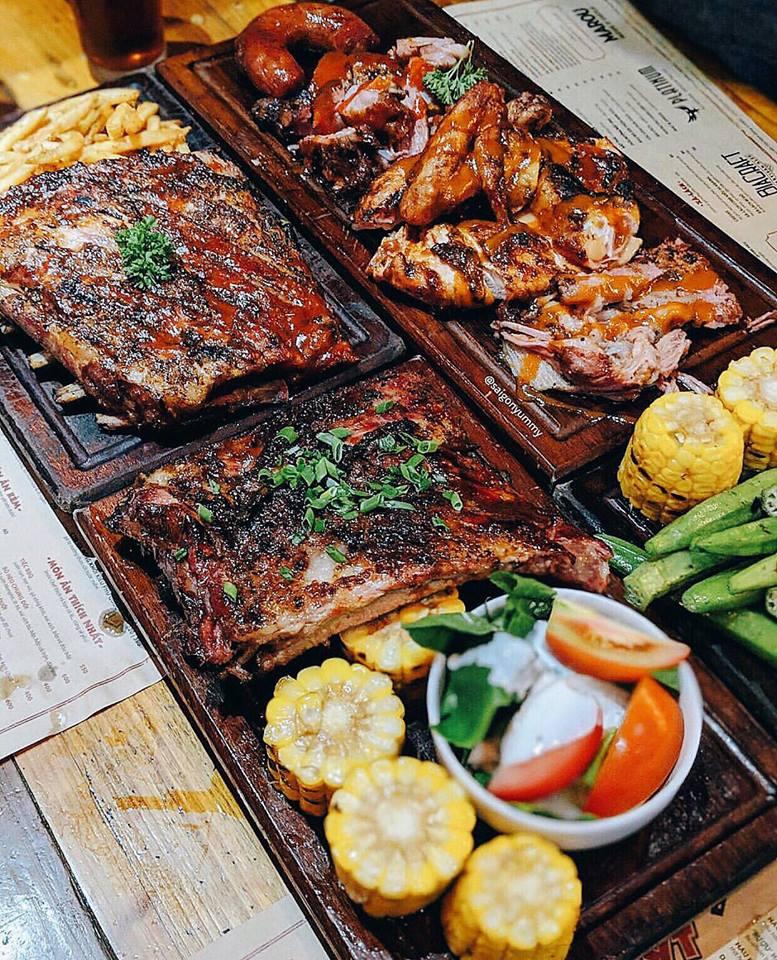 Quán Ụt Ụt chuỗi nhà hàng BBQ theo phong cách Mỹ tại Thành phố Hồ Chí Minh