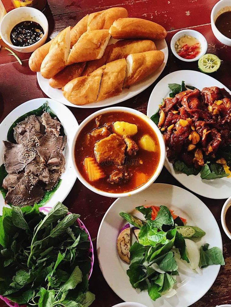 Quán Vườn Quang Nhân