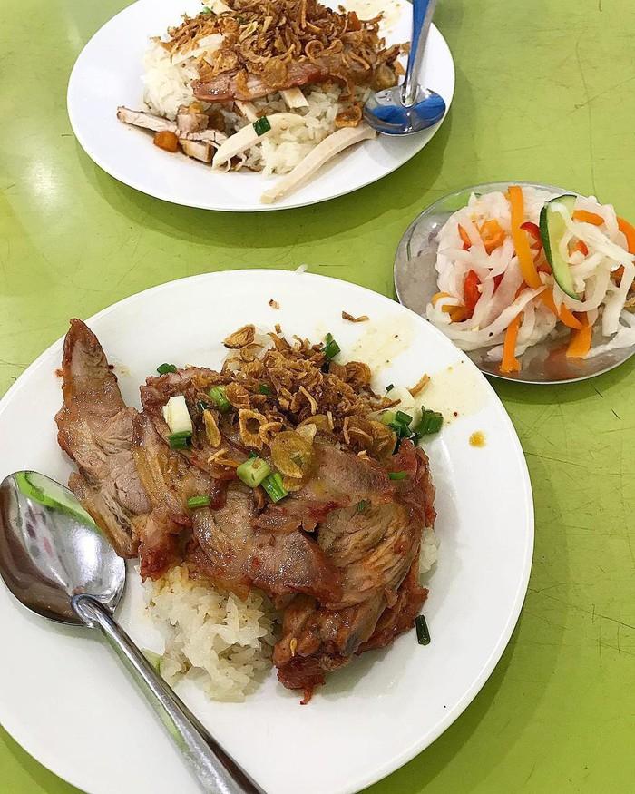 Quán xôi chè Bùi Thị Xuân