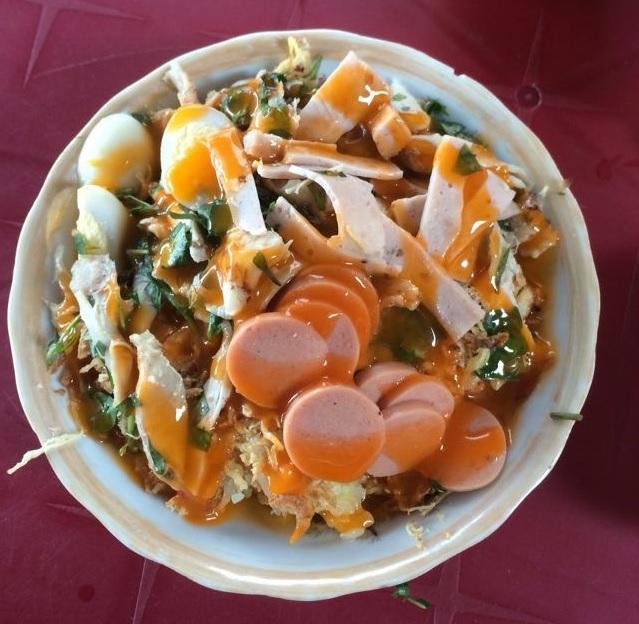 Xôi gà Trường Chinh là quán ăn dành cho bữa sáng