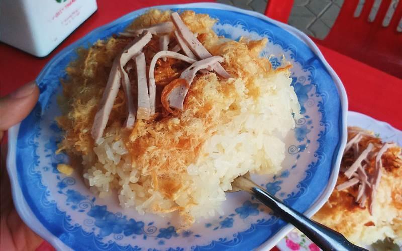 Xôi Xéo Hà Nội là một trong những quán xôi ngon nhất ở TP. Vinh