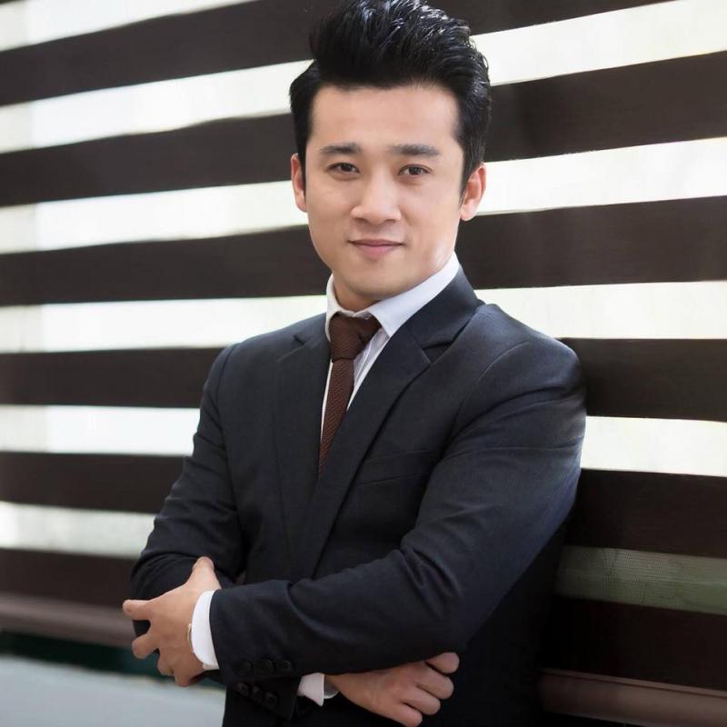 Ca sĩ Quang Hào