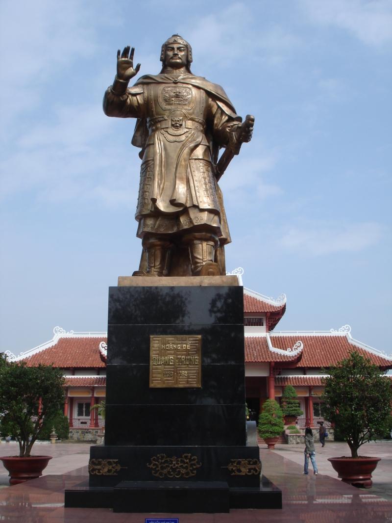 Top 10 Vị vua tài giỏi trong lịch sử Việt Nam