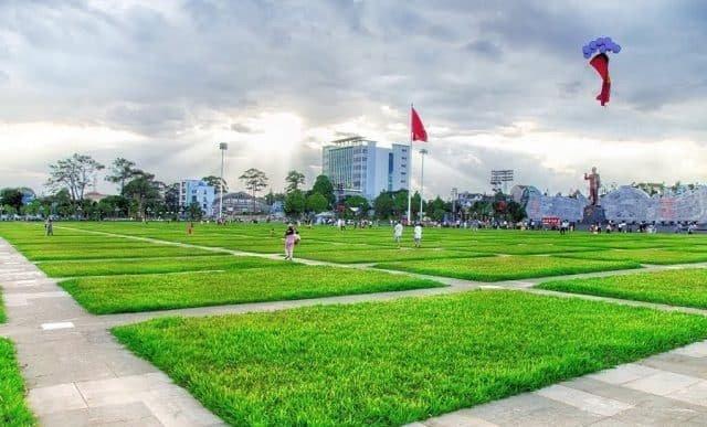 Quảng trường Đại đoàn kết