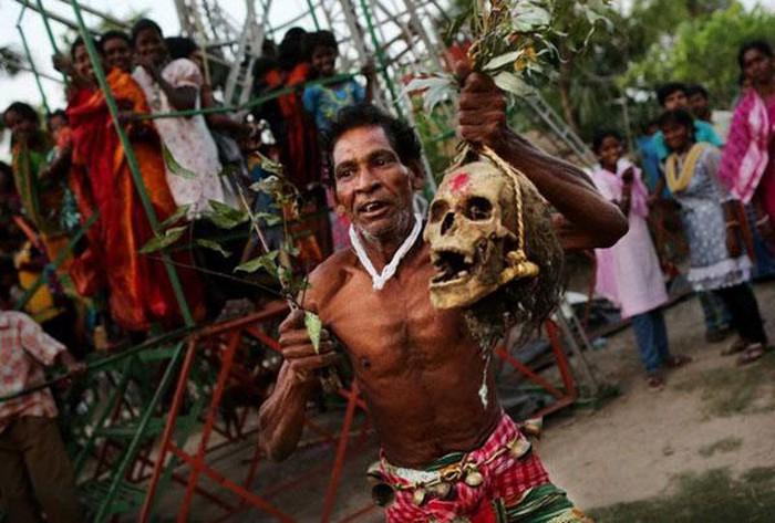 Quật mồ người chết (Ấn Độ)