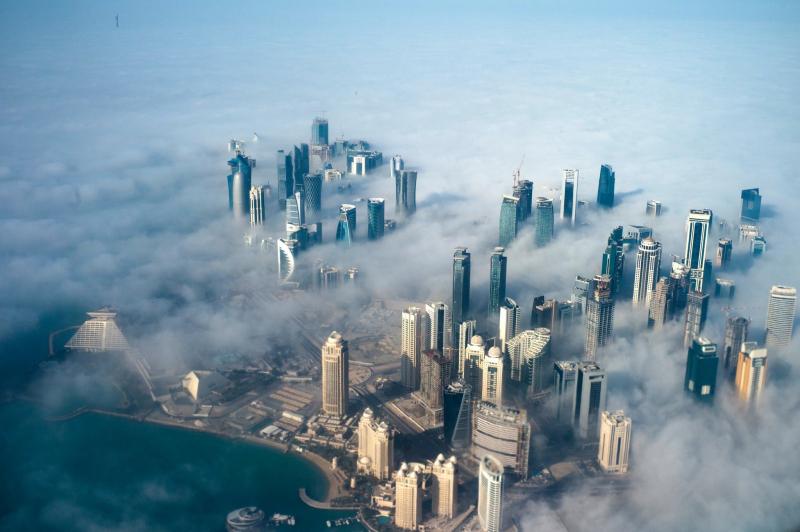Qatar, quốc gia được coi là giàu có nhất hiện nay tính theo GDP bình quân đầu người, nhưng cũng đồng thời là nơi chịu nhiều ô nhiễm nhất.