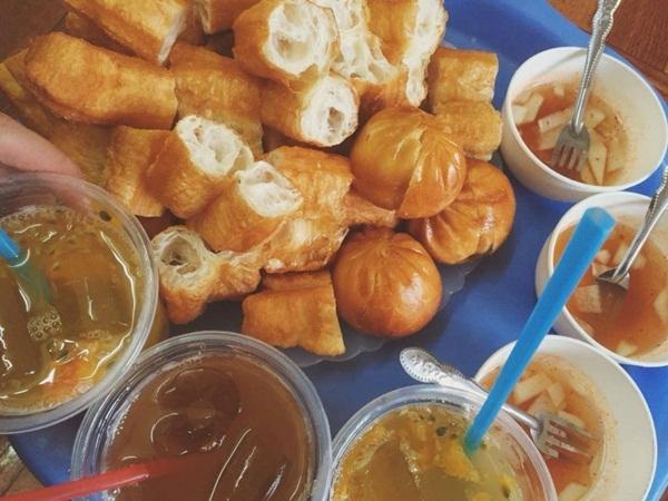 Quẩy nóng và bánh bao chiên - 431 Nguyễn Khang