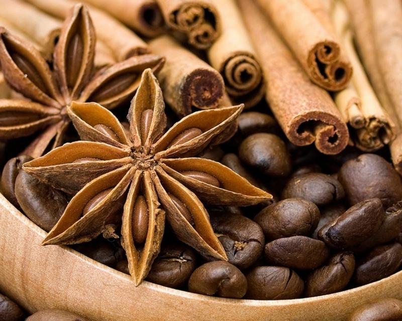 Quế à loại gia vị từ đã được sử dụng từ xa xưa bởi có chứa hàm lượng chất chống oxy hóa cao trong các loại gia vị
