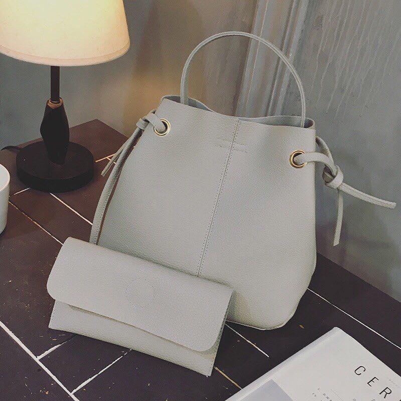 Queen bags