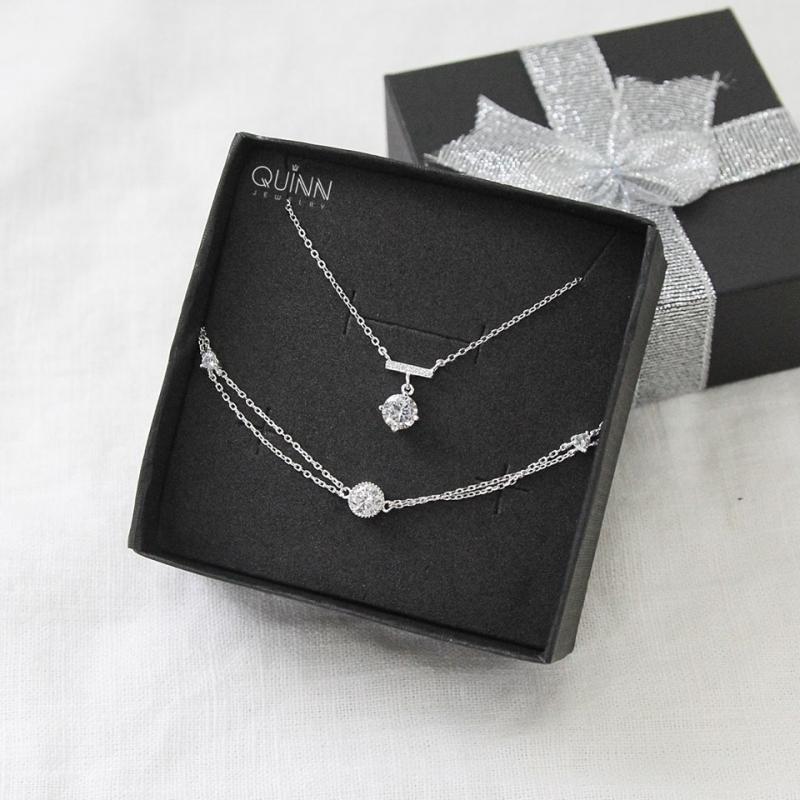 Quinn Jewelry là shop online về phụ kiện trang sức khá có tiếng tại Hà Nội