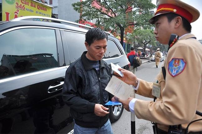 Các lỗi vi phạm ô tô được nâng mức xử phạt hành chính lên rất cao