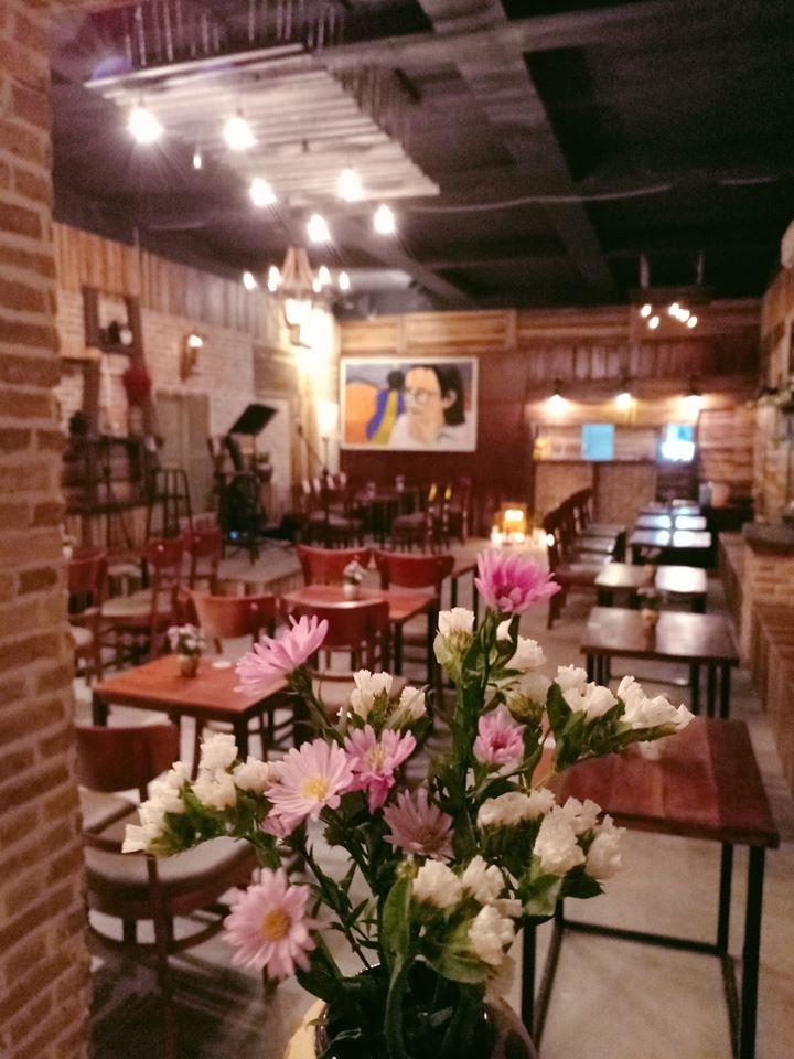 Quỳnh Acoustic Coffee