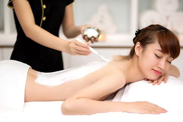 Làn da của bạn sẽ được chăm sóc cẩn thận khi đến với Quỳnh Anh Spa