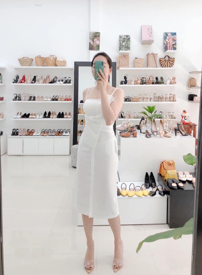 Đầm trắng tiểu thư