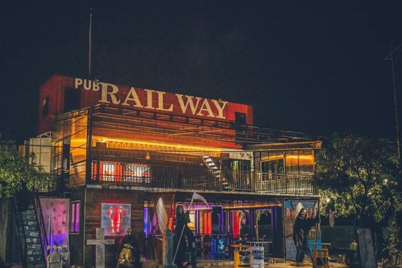 Railway pub & cafe