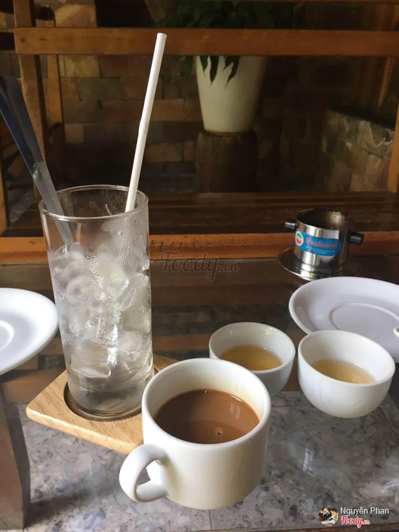 Đồ uống tại Rainy Cafe