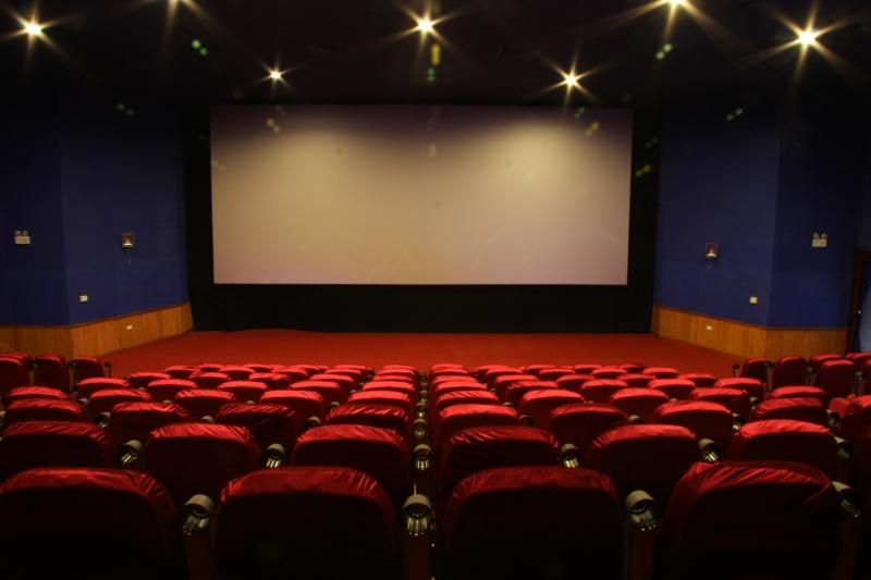 Rạp phim luôn là địa điểm hẹn hò lý tưởng của các cặp đôi
