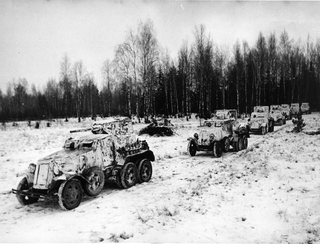 Rất ít xe hơi được sản xuất trong thế chiến thứ hai