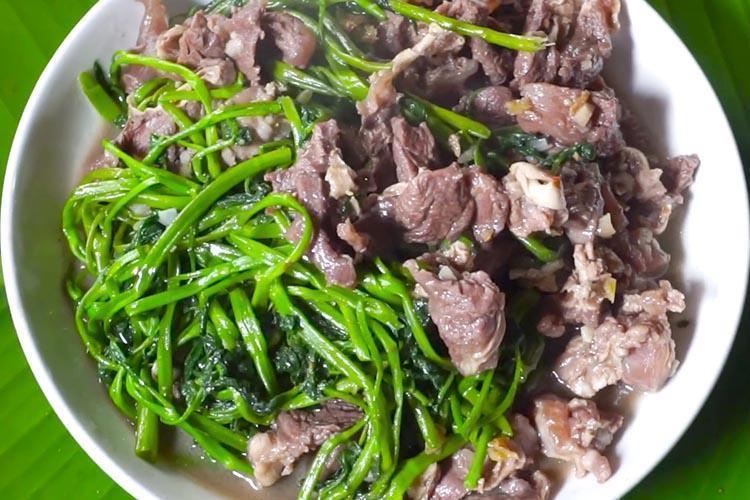 Rau muống xào thịt trâu