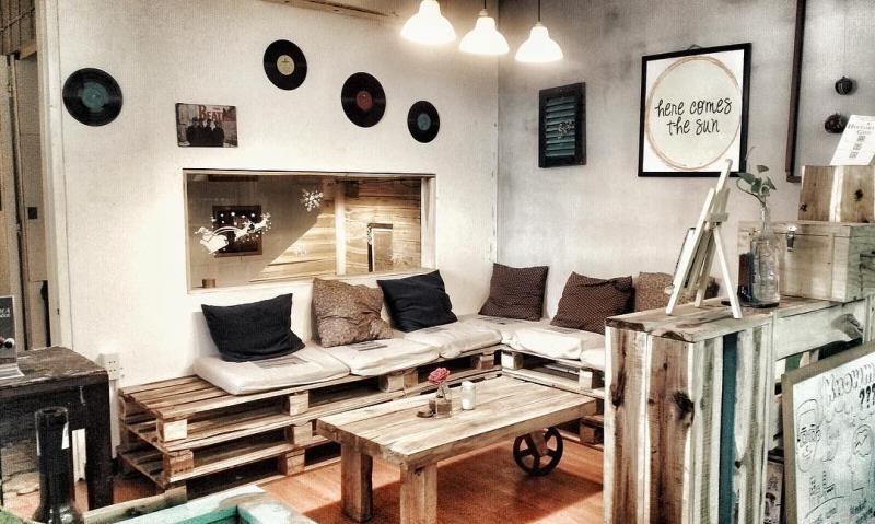 Rauta House Cafe là một cuộc dạo chơi thanh nhã và phóng khoáng