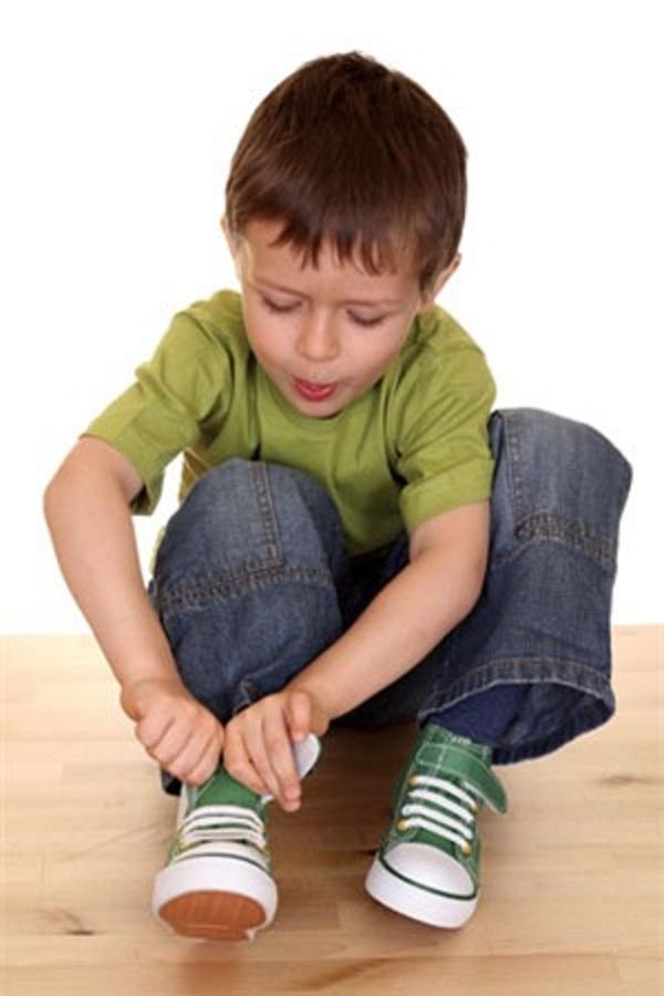 Bạn nên rèn con tự lập từ khi còn bé